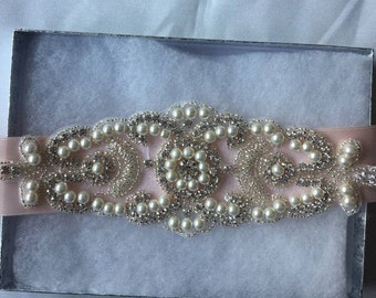 SALE BRIDAL SASH, Pink Bridal sash, Bridal belt, crystal belt, Rhinestone belt Bridal sash Wedding sash/belt Bridesmaid belt Dress Sash/Belt