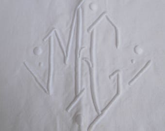 Beautiful French Linen embroidered sheet initials MC / MG GORGEOUS!!