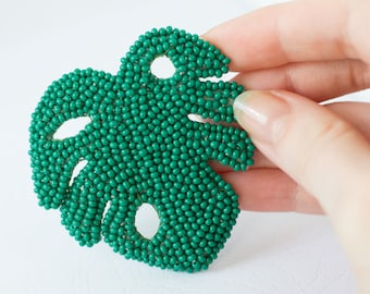 Outdoors gift, Gardening gift, Monstera Brooch, Tropical Jewelry, Embroidered brooch, Christmas gift for her, Beadwork Brooch Nature jewelry