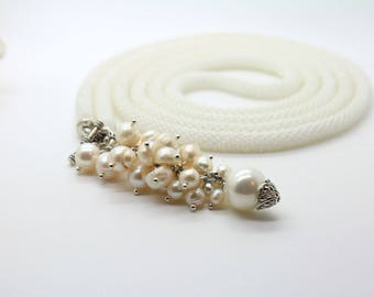 """Beaded Lariat """"WHITE GRAPE"""" Long Beaded Rope Necklace Freshwater Pearls Lariat White Pearls Accessibility Necklace Gemstone Hand Beaded"""