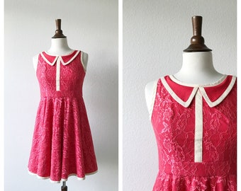 VALENTINE'S DAY - pink lace collared dress size XS