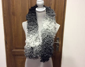 Scarf... handmade scarf ruffles gray and Black wool