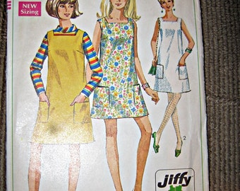 Simplicity Dress Pattern #7622. 1968 Copyright, Easy Cut, Easy Sew, Jiffy Pattern, Misses Size 14,