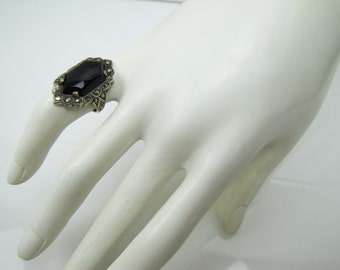 American Art Deco Sterling Silver Onyx Marcasite Duchess Ring. Size 5 Signed Uncas Co. Antique Art Deco Jewelry Downton Abbey Ring