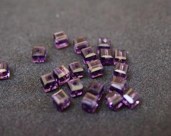 20 cubic Crystal 4 mm purple N1