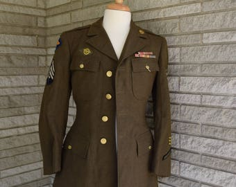 Vintage 1940s WWII olive green wool Army dress blouse jacket signal corp Far East Army Air Forces Technician 4th