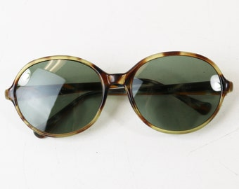 Vtg Renauld Oval Sunglasses, 1960's Made in Italy, Tortoise Frames