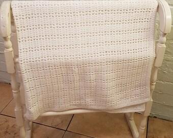 Crocheted White blanket Vintage Style