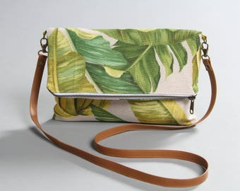 Tropical Folding bag, leather handle, banana leaves bag, shoulder bag, summer clutch, banana plant bag, leaves handbag, lagut, beach bag