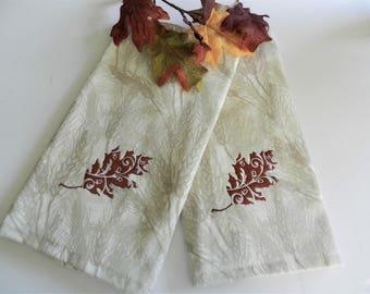 New Oak Leaf Towels, Never Used Towels, LeafTowels, Autumn Oak Leaf Towels,  Wheat Towels, Guest Room Towels