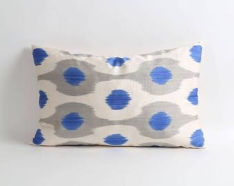 ikat pillow cover, Blue gray white ikat pillow cover, accent pillow, decorative throw pillow