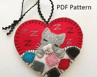 PDF Pattern - Sleeping Kitten Ornament