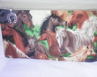 school pattern wild horses