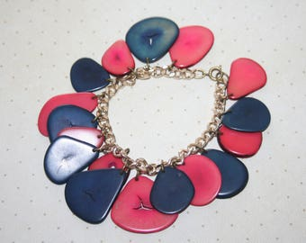 Unique Vintage Gold Tone Charm Bracelet, Red and Navy Blue Shells