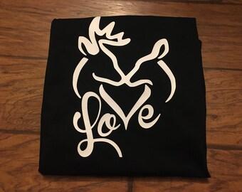 Buck and doe shirt, buck and doe heart shirt, deer shirt, deer shirts for women, love shirt, Hunting shirt, hunting shirts for women, womens
