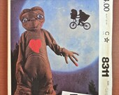 McCalls 8311 -Vintage 1980s E. T. Childs Costume Pattern