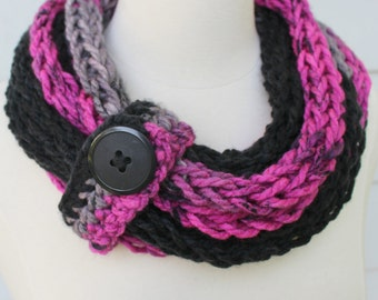 Knit statement necklace, hand knit rope scarf, pink and black scarf, knit rope necklace, knit chain scarf, chunky knit necklace