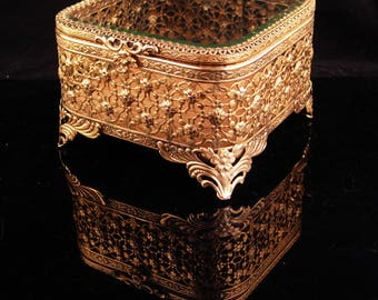 Antique Box / Wedding Jewelry Casket / ormolu footed box / Original lining / Trinket box Vanity box Victorian Ring casket
