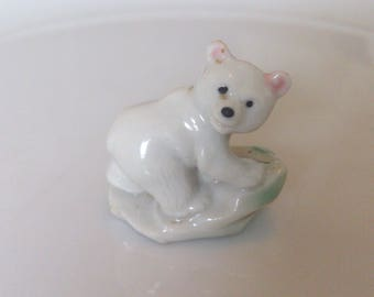 vintage 1950s wade first series rare albino grizzly cub