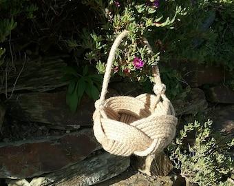 Flower Girl Basket, Natural Jute Rope Rope Bowl with Handle, Nautical Knot Planter, Spring, Summer Wedding, Bridesmaid Basket, no glue used.