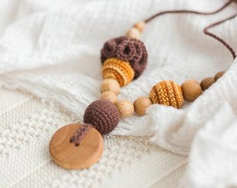 Flower Mama Nursing Necklace in Brown & Gold / Teething Necklace / Breastfeeding Babywearing Mom Jewelry Accessories for Moms