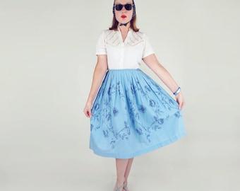 """50s Blue Roses Print Cotton Full Skirt 30"""" waist"""
