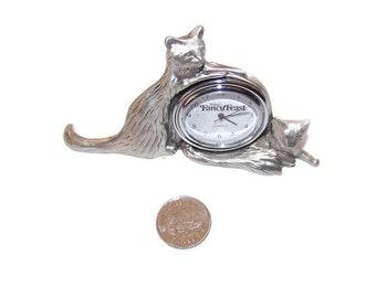 Vintage 1993 Seagull Canada Cat desk clock, Pewter clocks, Seagull Pewter Canada clocks, Cat lover,