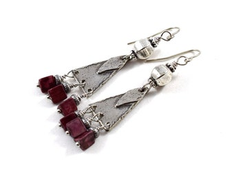 Handmade Pewter Earrings, Pewter Earrings, Wire Earrings, Boho Earrings, Artisan Earrings, Industrial Earrings, Burgundy Earrings, AE215