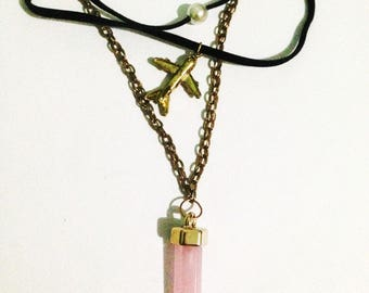 Pink multi-charm pendant necklace airplane pearl choker
