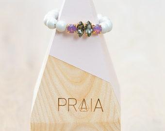 Pastel gray hadmade Swarovski pearl bracelet with swarovski crystals