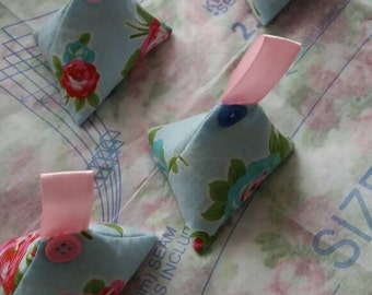 Fabric and pattern weights set of 4