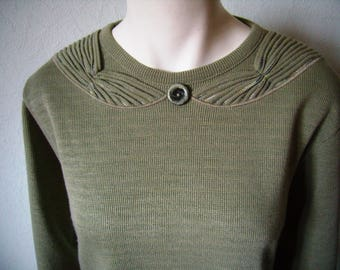 40/42 women sweater, french vintage olive green sweater.