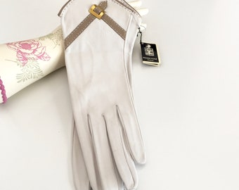 Exceptional French Leather Suit Gloves Size 6 3/4 Unworn Original Tags Bone Taupe, Denise Francelle Made in France by Roger Fare