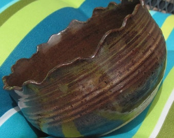 Bowl Rocky Mountain in Earth Tones - Great for Serving - Handmade and Carved Pottery