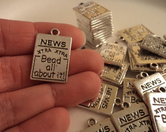 "Newspaper - ""Bead all about it"" - Set of 5 - #MN124"
