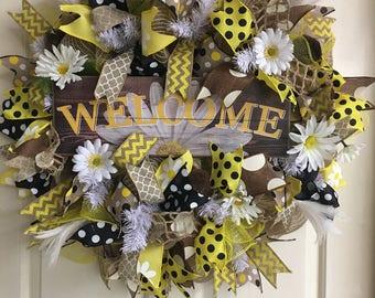 Spring Wreath, Summer Wreath, Welcome Wreath, Daisy Wreath, Yellow Wreath, White Wreath, Front Door Wreath, Door Wreath, Mesh Wreath