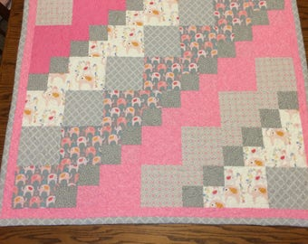 Handmade Elephant Baby or Toddler Quilt Girl Pink, gray and white. Handmade quilt carefully machine pieced with quilt shop quality cottons.