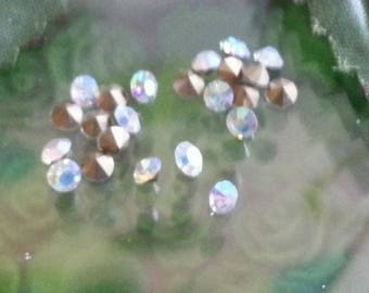 5 cabochons spike glass Rhinestones, cone, back plated, clear, ab, 3 mm in diameter, 2 mm thick