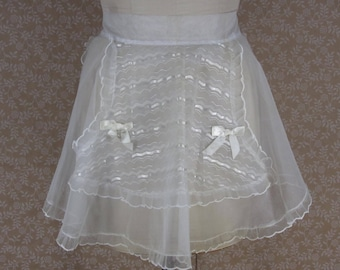 Vintage Sheer White Embroidered Half Apron Heart Shape Pocket Valentine Wedding Gift