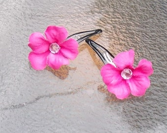 Pink Geranium Flower Hair Clips with Gem Centers, Geranium Hair Grips, Pink Flower Barrettes