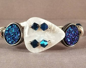 "Guitar String and Guitar String Bracelet ""Sapphire"""
