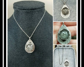 Memorial Ash Pendant Necklace/ Pet Memorial Jewelry/ Ash Necklace/ Sentimental Jewelry