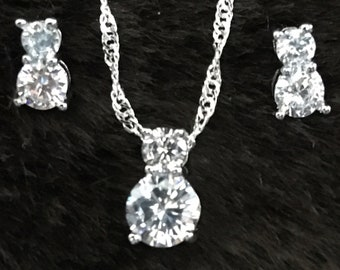 925 Sterling Silver Cubic Zirconia Jewelry Set Pendant, Earring and chain all with 925 mark