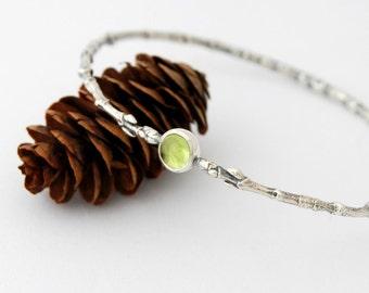 Twig buds and peridot bangle - sterling silver maple branch bangle with 6mm peridot cabochon