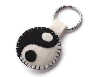 Yin Yang keychain, yinyang key ring, plush key fob, felt ying yang, buddhist symbol, tao