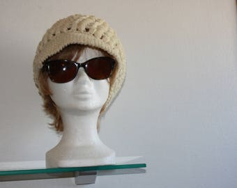 Cap wool natural ecru