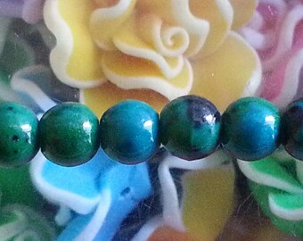 5 beads of green chrysocolla 6 mm diameter, hole 1 mm
