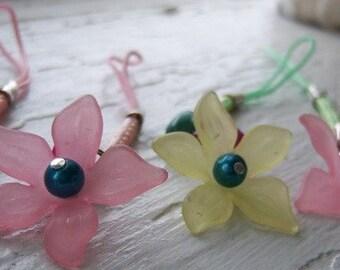 Little Flower Phone Charm or Zipper Pull