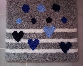 carpet knotted wool crochet hearts