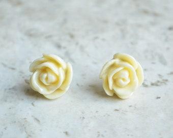 Rose Garden - Ivory Cream Flower Lucite Bridesmaid Stud Earrings